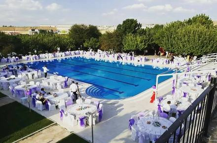 Gold Garden Pool & Wedding